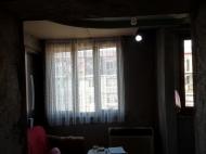 Выгодно купить квартиру с ремонтом и мебелью в тихом районе Батуми, Грузия. Фото 13
