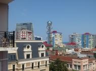 Купить квартиру в сданной новостройке в старом Батуми с видом на море Фото 1