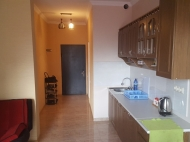 Renovated flat for sale in a quiet district of Batumi, Georgia. Photo 5