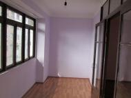 Квартира в тихом в районе Батуми. Купить квартиру в Батуми, Грузия. Фото 1