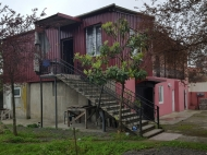 Частный дом в тихом районе Батуми. Дом с ремонтом в тихом районе Батуми, Грузия. Фото 4