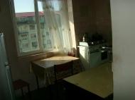 Квартира по выгодной цене и красивым ремонтом у моря в Батуми Фото 4
