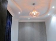 Продажа квартиры в новостройке Батуми. Квартира с ремонтом и мебелью в тихом районе Батуми, Грузия. Фото 1