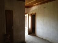 სახლი მიწის ნაკვეთით თბილისში. ფოტო 7