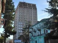 Новый жилой комплекс в центре Батуми. 17 этажный жилой комплекс в центре Батуми, Грузия. Фото 1