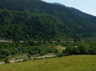 Продается земельный участок в курортном районе Рача-Лечхуми, Грузия. Фото 6