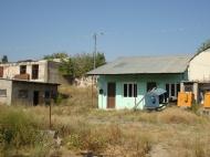 Земельный участок коммерческого назначения на оживленной трассе в Тбилиси, Грузия. Фото 4