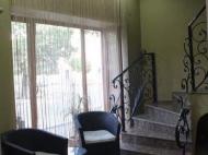 იყიდება 10 ნომრიანი სატუმრო ქალაქ ბათუმის ცენტრში. საქართველო. ფოტო 7