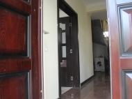 იყიდება გარემონტებული კერძო სახლი ქობულეთის ცენტრში. საქართველო. ფოტო 6