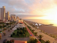"""The residential complex of hotel-type """"SEA TOWERS"""" by the sea, center of Batumi on Sherif Khimshiashvili St. Apartments by the sea in a residential complex hotel-type """"SEA TOWERS"""" in the center of Batumi, Georgia. Photo 3"""