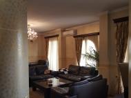 Квартира в аренду в центре старого Батуми. Снять квартиру с ремонтом и мебелью у Кафедрального собора Батуми. Фото 6