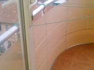 Аренда квартир в новостройке в центре Батуми. Снять квартиру в центре с видом на город Батуми,Грузия. Фото 9