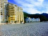 Апартаменты в жилом комплексе гостиничного типа на берегу моря в центре Гонио. ЖК гостиничного типа у моря в центре Гонио, Грузия. Фото 5