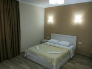 Квартира с современным ремонтом в сданной новостройке в Батуми. Фото 6