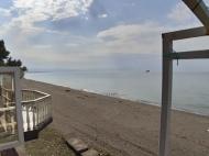 кафе на берегу моря в Уреки Фото 1