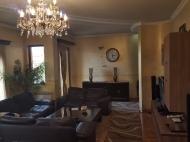 Квартира в аренду в центре старого Батуми. Снять квартиру с ремонтом и мебелью у Кафедрального собора Батуми. Фото 1