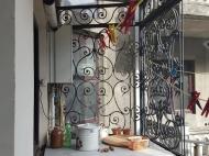 Квартира в аренду в центре старого Батуми. Снять квартиру с ремонтом и мебелью у Кафедрального собора Батуми. Фото 31