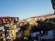 Выгодно купить квартиру с ремонтом и мебелью в тихом районе Батуми, Грузия. Фото 16