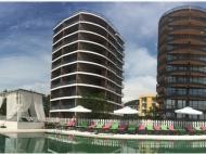 """Апартаменты в ЖК гостиничного типа """"Mgzavrebi-Gonio"""" на берегу моря в Гонио. 10-этажный жилой комплекс гостиничного типа """"Mgzavrebi-Gonio"""" у моря в Гонио, Грузия. Фото 1"""