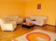 Аренда квартиры с ремонтом и мебелью в центре Батуми. Снять квартиру в Батуми, Грузия. Фото 1