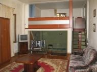 3-ოთახიანი ბინა ორსართულიან სახლში ზღვასთან. ბათუმი. ფოტო 1