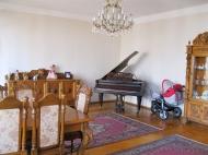 Продаётся квартира в центре Батуми Фото 3
