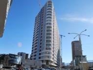 21-этажный дом на углу ул.Т.Абусеридзе и ул.Д.Агмашенебели, в престижном районе Батуми у моря. Продажа квартир в новостройке Батуми, Грузия. Фото 2