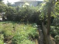 Земельный участок в Батуми. На участке есть хозпостройки. Фото 4