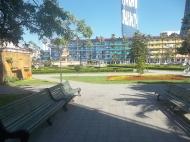 Аренда квартиры посуточно у театральной площади в Батуми Фото 1