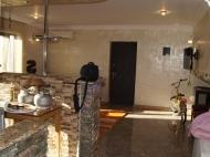 Квартира с ремонтом в аренду в Батуми Фото 25