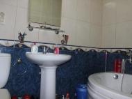 Продается квартира на Новом бульваре в Батуми. Квартира с ремонтом и мебелью на Новом бульваре в Батуми, Грузия. Фото 4