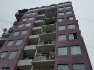 Новостройка в Батуми. 10-этажный новый жилой дом на ул.Табидзе в Батуми, Грузия. Фото 2