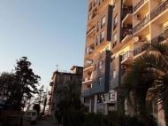 Новостройки у моря в Махинджаури. 13-этажный дом гостиничного типа в Махинджаури на ул.Молодежи. Купить квартиру у моря в новостройке Махинджаури, Грузия. Фото 2