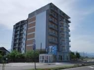 Квартиры у моря в новом жилом комплексе Батуми. 7-этажный комплекс у моря в центре Батуми на ул.Леха и Марии Качинских. Фото 1