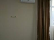 Квартира с современным ремонтом в сданной новостройке в Батуми. Фото 9