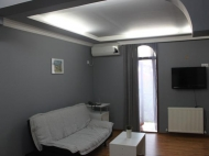 Running elite hotel with ten modern rooms in the centre of Batumi. For 24-hours, or longer periods of stay. Located in the region of artists. Photo 10