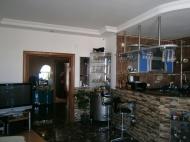 Купить квартиру в сданной новостройке с ремонтом и мебелью в центре Батуми Фото 14