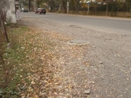 Продается земельный участок на оживленной трассе в Батуми Фото 2