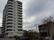 Квартиры в новостройке в тихом районе Батуми,Грузия. Жилой дом в тихом районе Батуми на ул.Д.Агмашенебели, угол ул.Табидзе. Фото 2