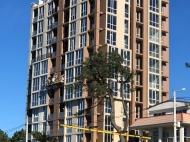 Новостройка на берегу моря в центре Кобулети. 11-этажный новый жилой дом у моря на улице Царицы Тамары в Кобулети, Грузия. Фото 4