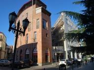 5-этажный дом у моря на ул.З.Гамсахурдия, угол ул.Р.Комахидзе. Купить недвижимость в новостройке по ценам застройщика в центре Батуми. Фото 3