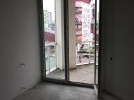 Квартира в жилом доме в Батуми с видом на горы и город Фото 10
