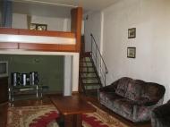 3-ოთახიანი ბინა ორსართულიან სახლში ზღვასთან. ბათუმი. ფოტო 9