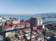 Апартаменты на продажу в центре Батуми, Грузия. Купить квартиру с видом на море и город.  Фото 1