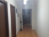 Купить квартиру в красивой новостройке у Sheraton Batumi Hotel. Квартира в новом красивом доме у отеля Шератон в центре Батуми, Грузия. Фото 2
