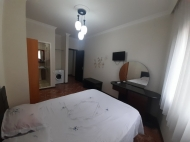 Гостиница на 11 номеров в Батуми. Гостиница с видом на море и город Батуми, Грузия. Фото 34