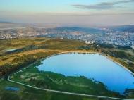 Участок в пригороде Тбилиси, Озеро Лиси. Продается земельный участок в пригороде Тбилиси, Грузия. Фото 1