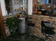 Купить квартиру в сданной новостройке с ремонтом и мебелью в центре Батуми Фото 27