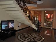 Действующая гостиница на 10 номеров в Батуми Фото 4