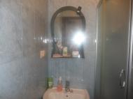 Квартира с ремонтом и мебелью в Батуми Фото 8
